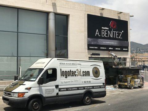 rótulos luminosos Muebles Benítez en Fuengirola