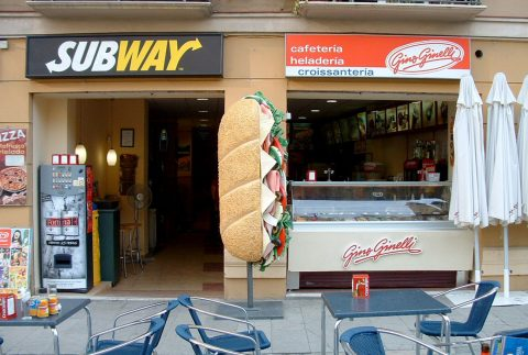 Subway Bar Figuras Corporeas 3D