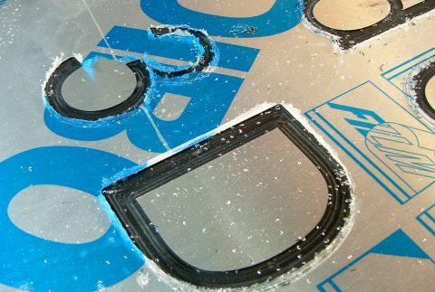Grabado en aluminio Corte CNC