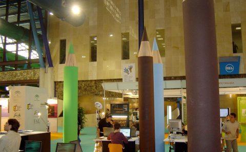Stand Lápices Stands de Diseño