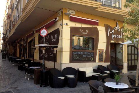 Decoración Fachada Café Merced 14