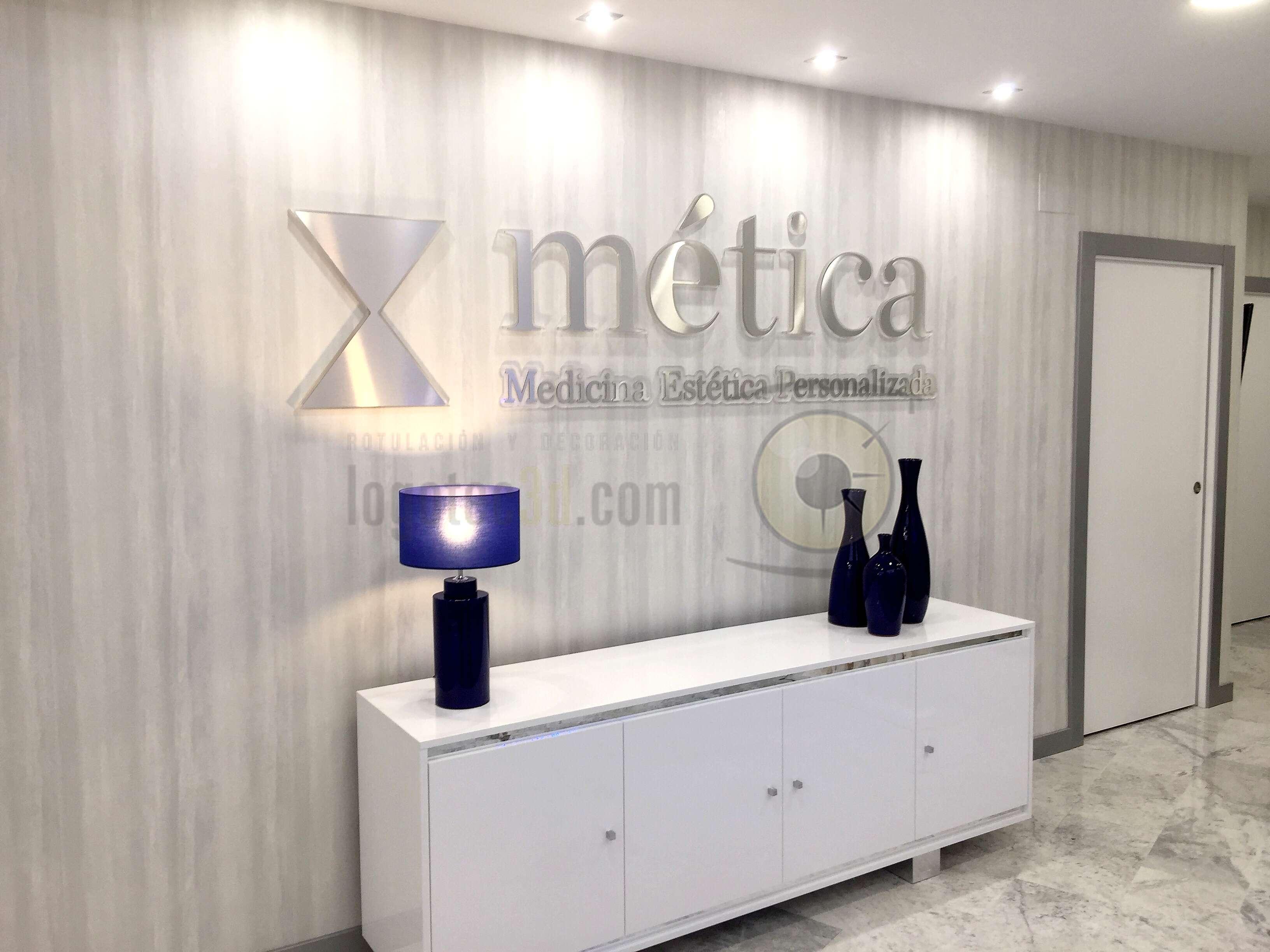 Letras corpóreas en Málaga para Mética