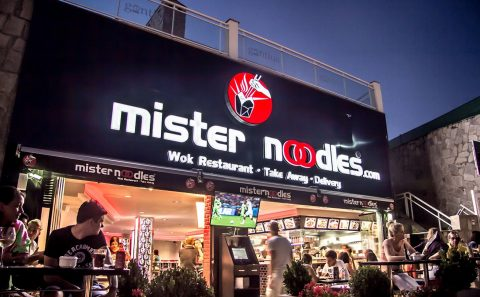 Rotulos Mr Noodles Marbella